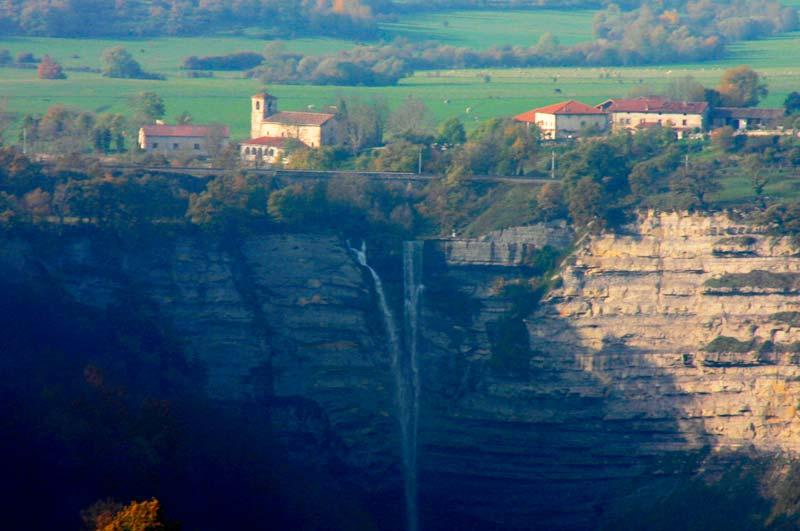 Cascada Gujuli- Goiuri Ondona
